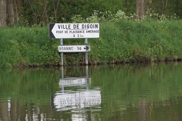 Canal Signs