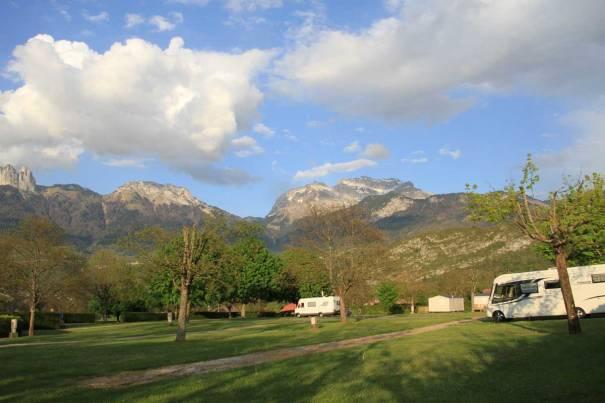 Camping Les Champs Fleuris