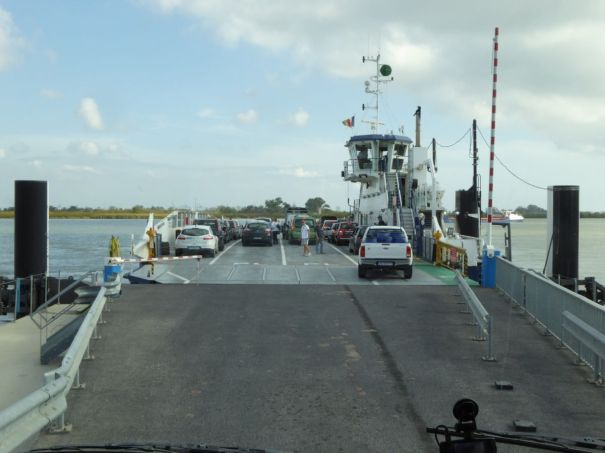 Bac de Barcarin Ferry