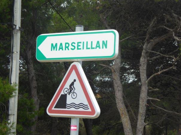 Vers Marseillan Village