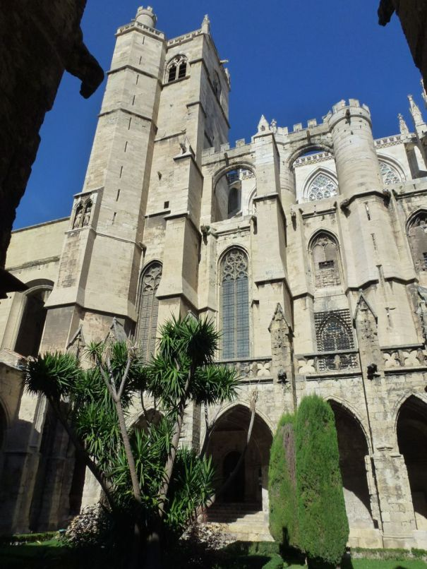 Cathedrale Saint Just et Saint Pasteur. 1272.