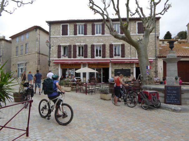 Cafe in Peyriac de Mer