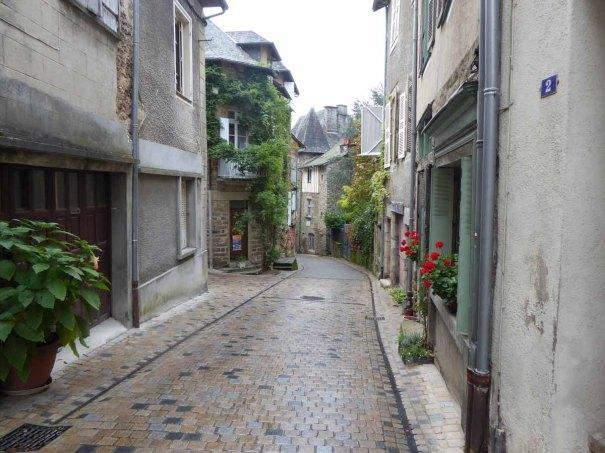 Rue Pierre Chalaud.