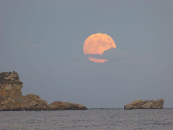 Moonrise over the Medes Islands