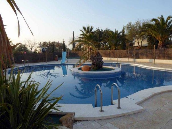Pool at L'Orangeraie