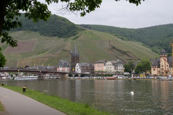 This is Bernkastel-Kues, approached from the cycle track along the river. It is two towns, Bernkastel on the far bank and Kues on the near side of the bridge.