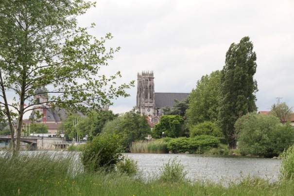 6. Pont Church